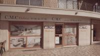 Des vitrines aux couleurs et à l'image de CMC HABITAT, votre Bureau d'Etudes Architecturales à Cagnes-Sur-Mer