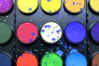 Quelles couleurs se marient bien entre elles ? Conseils et informations pour un intérieur coloré en harmonie