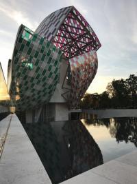 C.M.C HABITAT votre bureau d'études en architecture et conception de travaux sur la Côte d'Azur : Zoom sur la fondation Louis Vuitton Bijou d'architecture